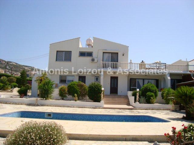 Semi House in Paphos (Tala) for sale