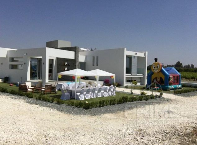 Sale of villa in area: Timi - properties for sale in cyprus