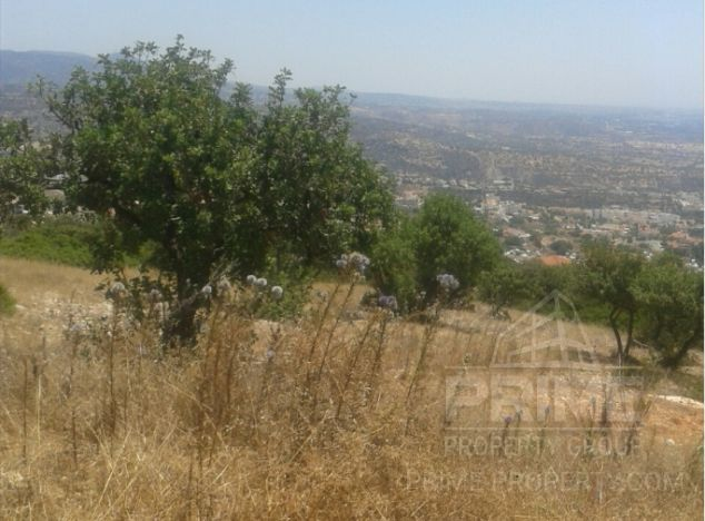 Land in Paphos (Tombs of the kings) for sale