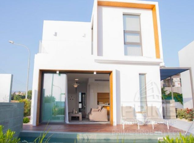 Villa in Paphos (Tombs of the kings) for sale
