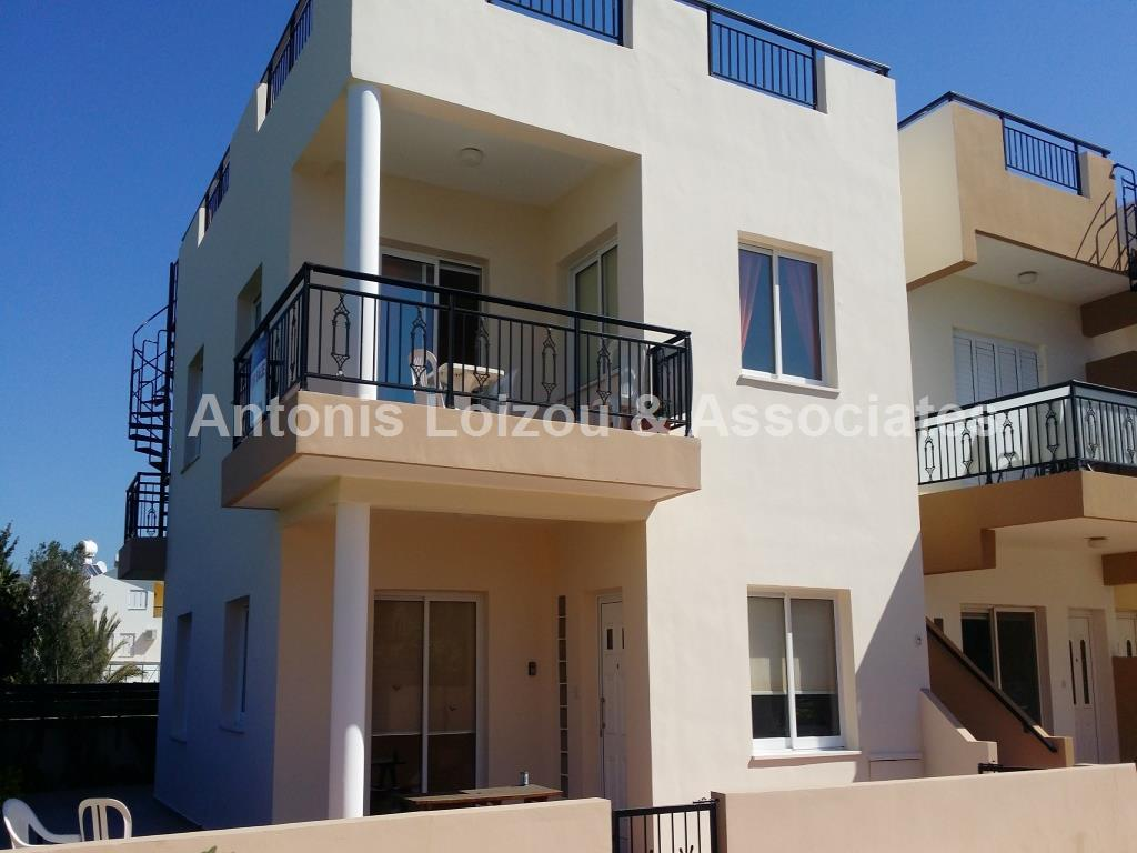 Apartment in Paphos (Universal) for sale