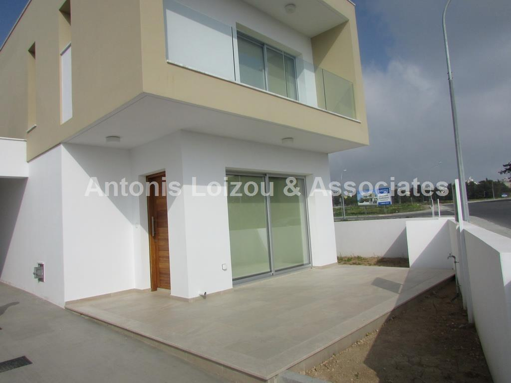 3 Bedroom Detached House in Universal with Pool properties for sale in cyprus