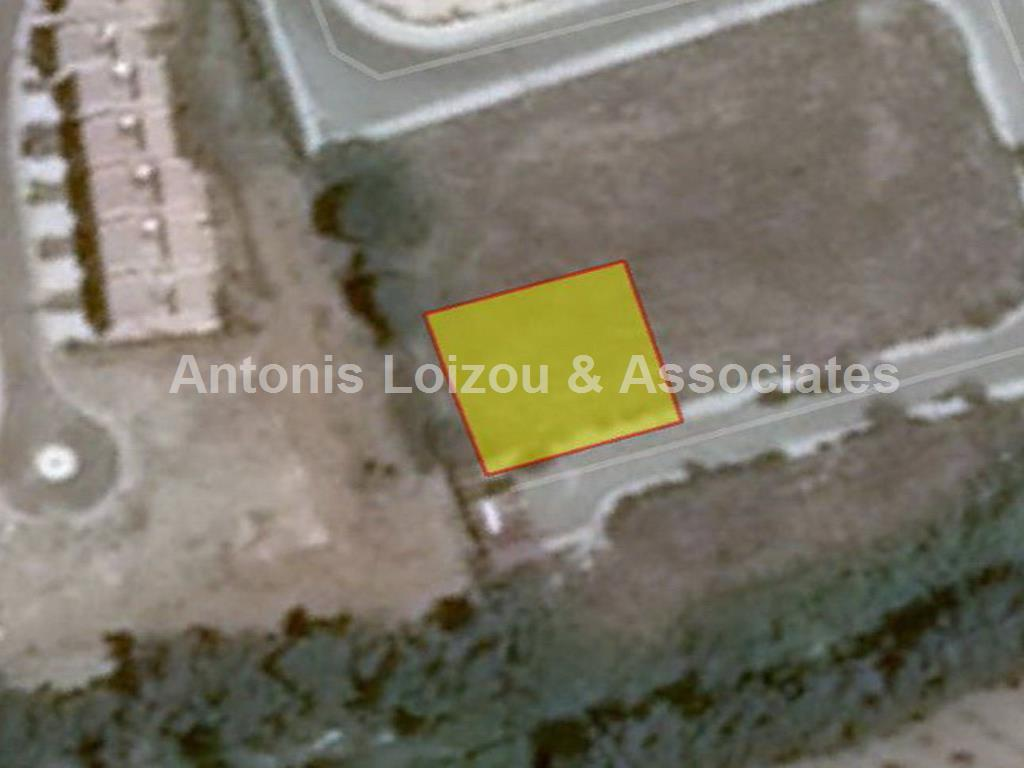 527 m² plot in Universal properties for sale in cyprus