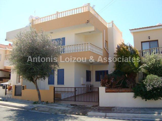 Semi detached Ho in Paphos (Universal) for sale