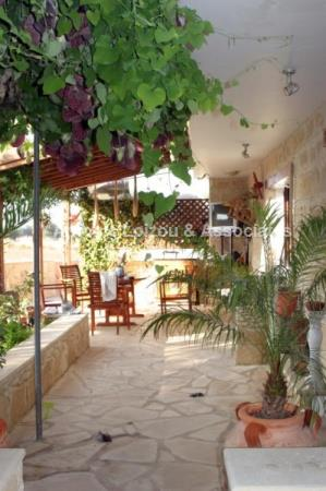Koloni 3 bed Villa plus Studio Apt properties for sale in cyprus