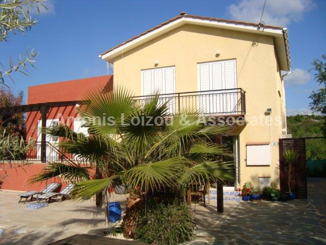 Detached House in Paphos (Giolou) for sale