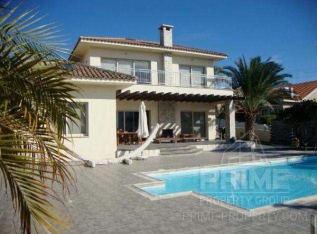 Villa in  (Paramali) for sale