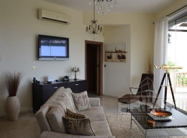 Bungalow in  (Argaka) for sale