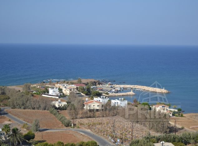 Bungalow in  (Pomos) for sale