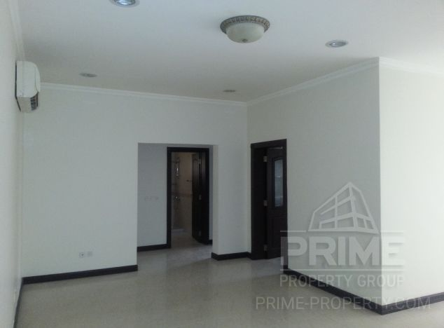 Apartment in  (Prodromi) for sale