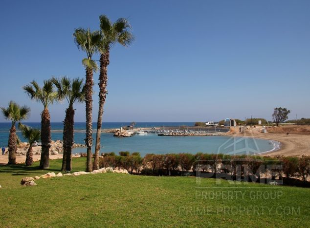 Apartment in  (Ayia Triada) for sale