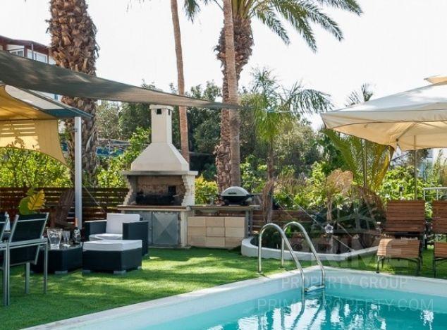Villa in  (Ayia Triada) for sale