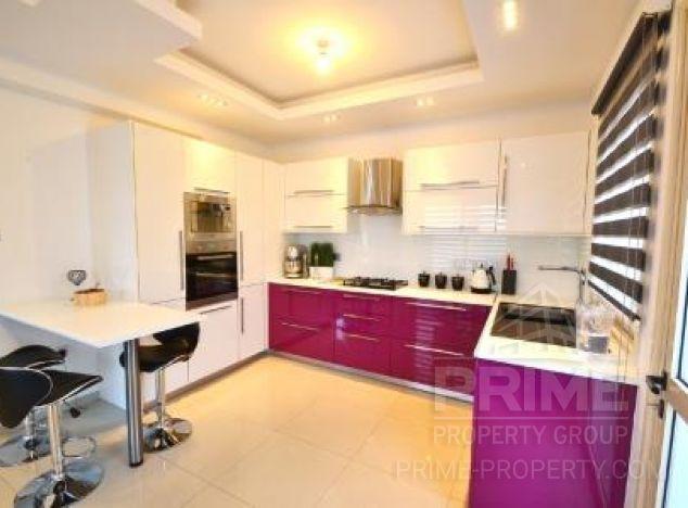 Villa in  (Paralimni) for sale
