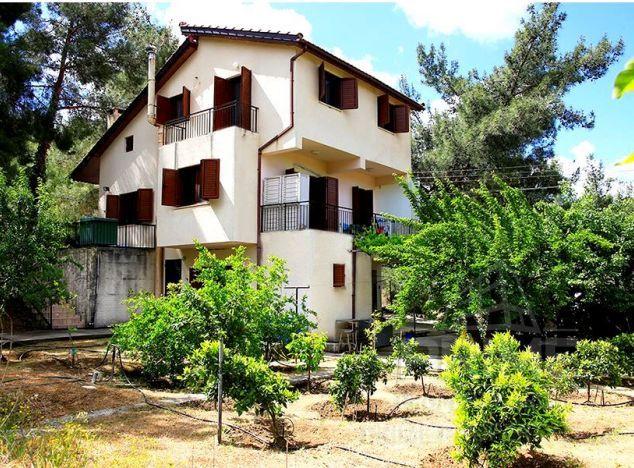 Villa in  (Moniatis) for sale