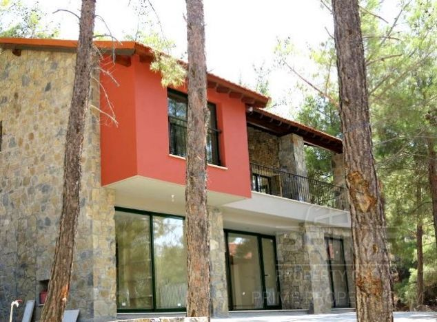 Villa in  (Platres) for sale